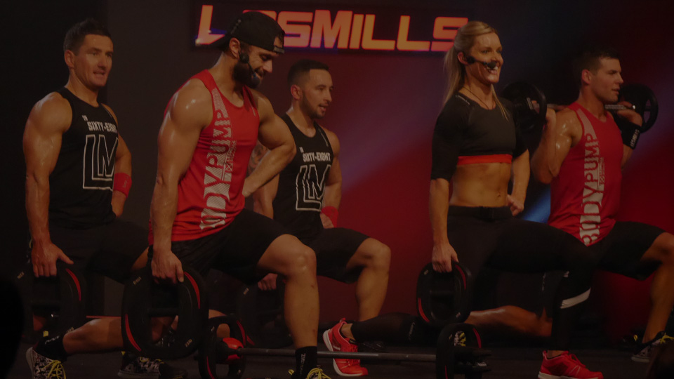 BODYPUMP™ team forward stepping lunge