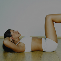 Woman doing a Workout situp