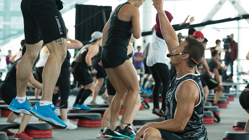 Les Mills GRIT PLYO coach in a fitness workout